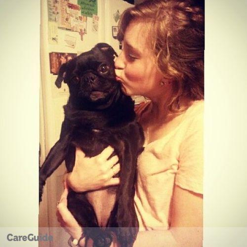 House Sitter Provider Molly Davis's Profile Picture
