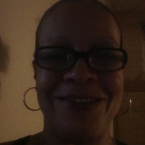 Housekeeper Provider Evette A's Profile Picture