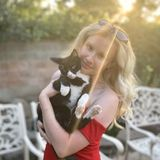 Flexible Pet Sitter with Prior Experience!