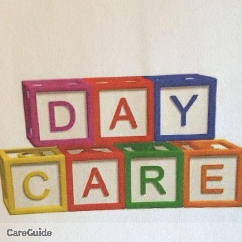 Child Care Provider Rachel Thompson's Profile Picture