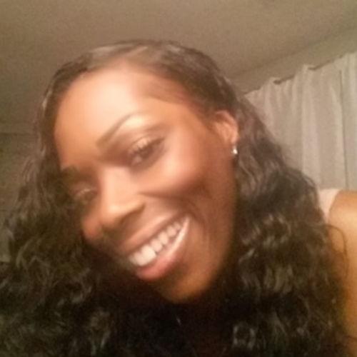 Housekeeper Provider Lashawna Burns's Profile Picture