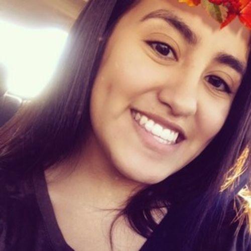Pet Care Provider Leslie Escudero's Profile Picture