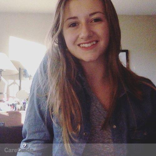 Canadian Nanny Provider Becca Fischer's Profile Picture