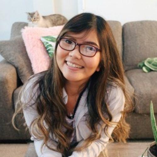 Canadian Nanny Provider Nicole Dayrit's Profile Picture