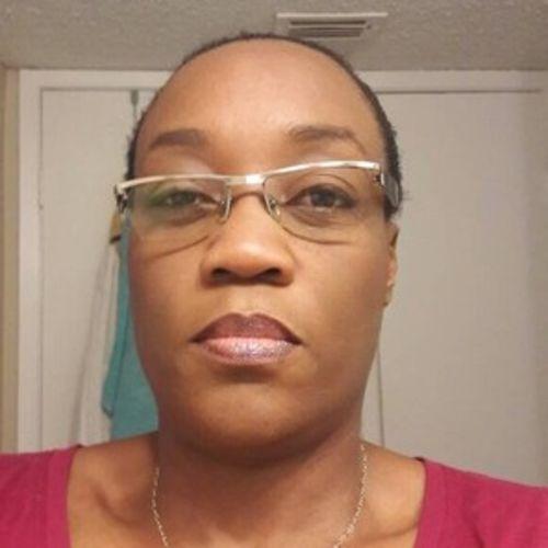 Elder Care Provider Joelle M's Profile Picture