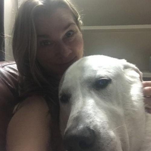 Pet Care Job Regan Hutson's Profile Picture