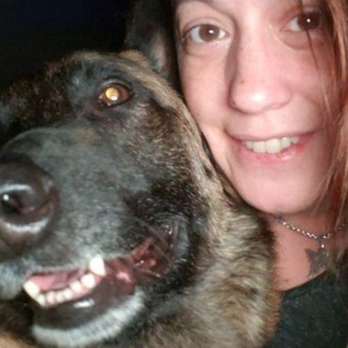 Pet Care Provider Leila M's Profile Picture