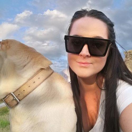 Pet Care Provider Andrea T's Profile Picture