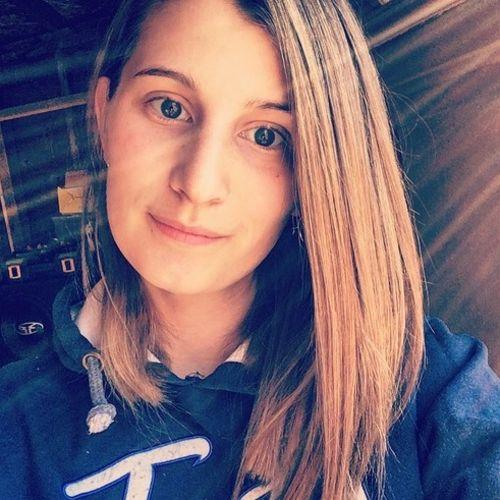 Canadian Nanny Provider Dominique G's Profile Picture