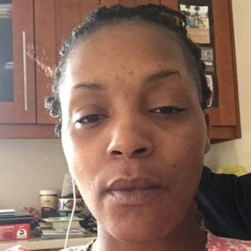 Elder Care Provider Bernadette Hopton's Profile Picture