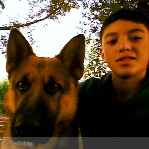 Pet Care Provider Cristian Montero's Profile Picture