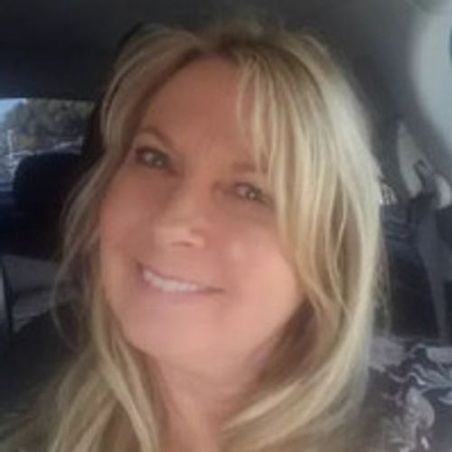 House Sitter Provider Roxanne B's Profile Picture
