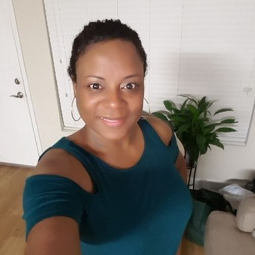 House Sitter Provider Evonne M's Profile Picture