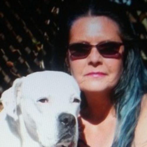 House Sitter Provider Robin W's Profile Picture