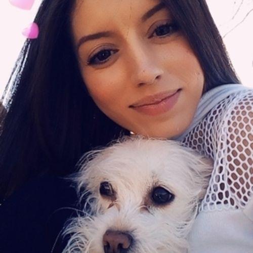 Pet Care Provider Sara B's Profile Picture
