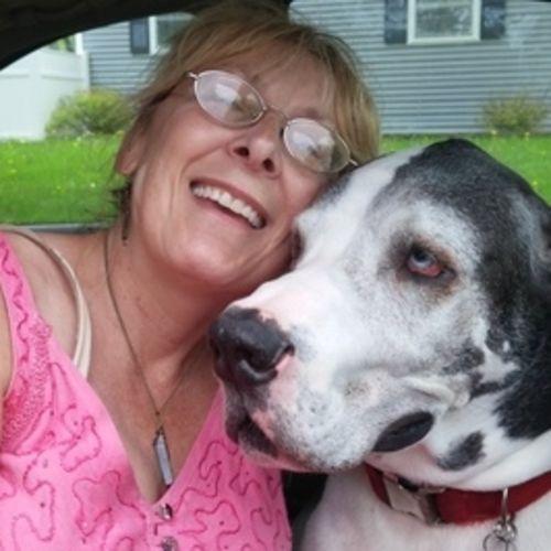 Pet Care Provider Julie Van Oss's Profile Picture