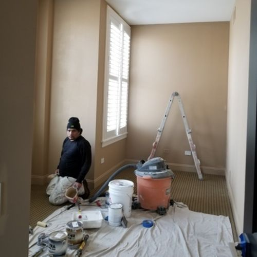 Painter Provider Gil N Gallery Image 2