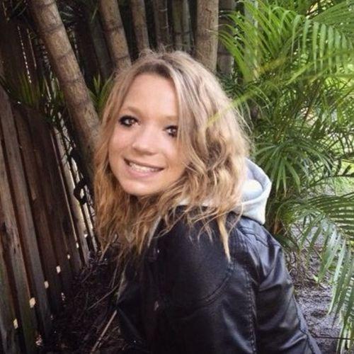Housekeeper Provider Desaree Iczkowski's Profile Picture
