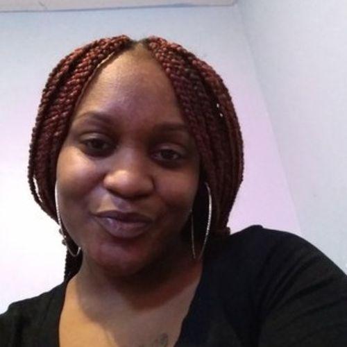 Housekeeper Provider Daaiyah B's Profile Picture
