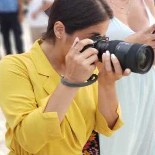 I am an Experienced Female Photographer based in Miami. Peachandlove