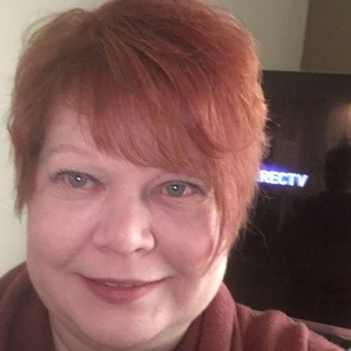 Pet Care Provider Kari B's Profile Picture