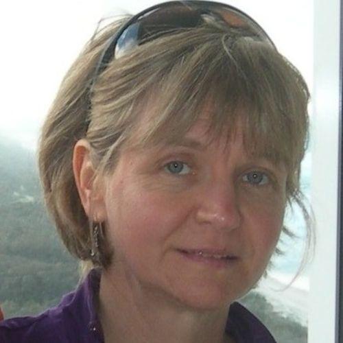 Pet Care Provider Martine C's Profile Picture