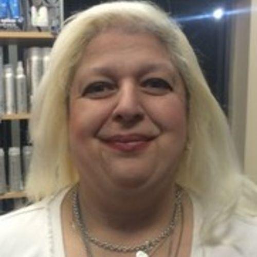Pet Care Provider Tracey Bajwa's Profile Picture
