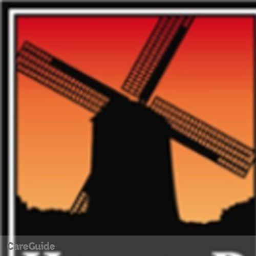 Roofer Job Elly Lopez's Profile Picture