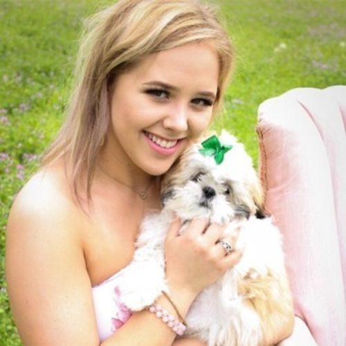 Available For a Pet Sitter Job in Waxahachie