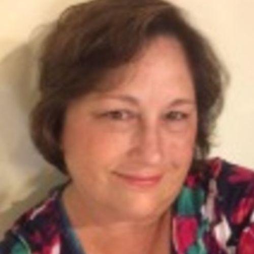 Pet Care Provider Lyn F's Profile Picture