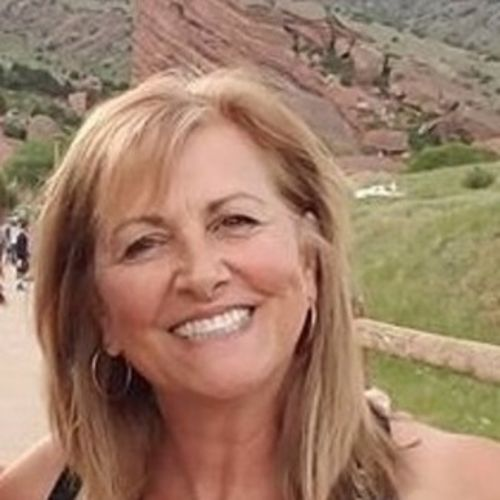 House Sitter Provider Betsy Hawkins's Profile Picture