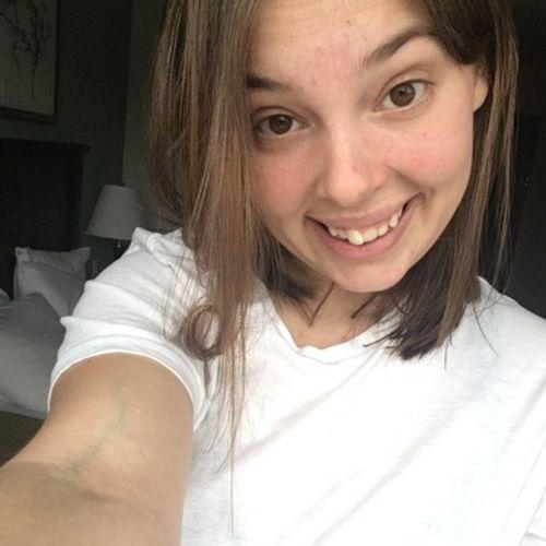 Canadian Nanny Provider Maddison H's Profile Picture