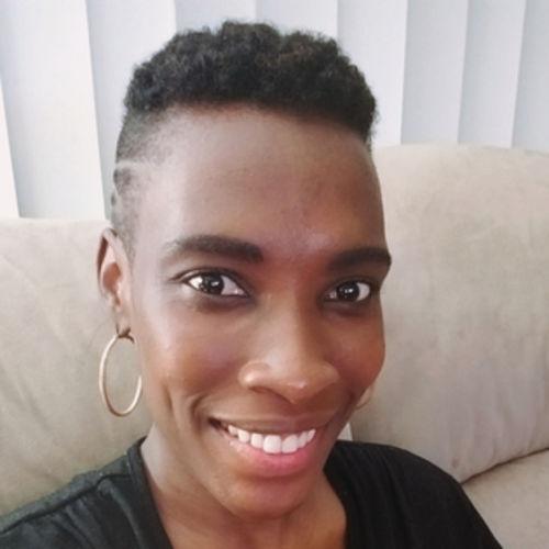 Elder Care Provider Verina A's Profile Picture