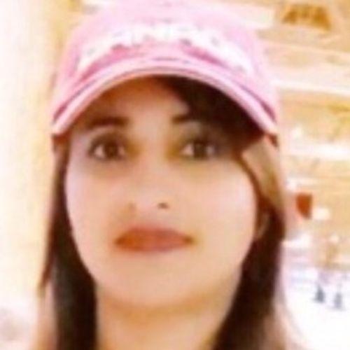 Canadian Nanny Provider Davinder G's Profile Picture