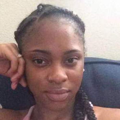 House Sitter Provider Montezia Bennett's Profile Picture