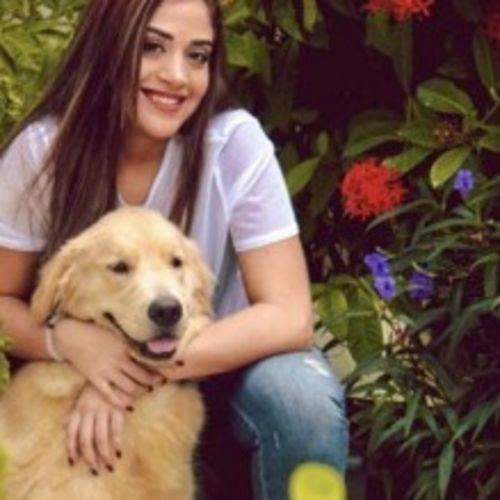 Pet Care Provider Mayury Cruz's Profile Picture