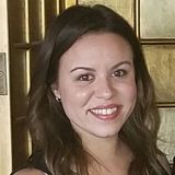 Nicole Araujo - Dog Sitter