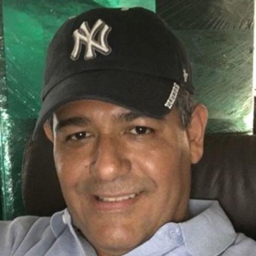 Handyman Provider Sal Viteri's Profile Picture