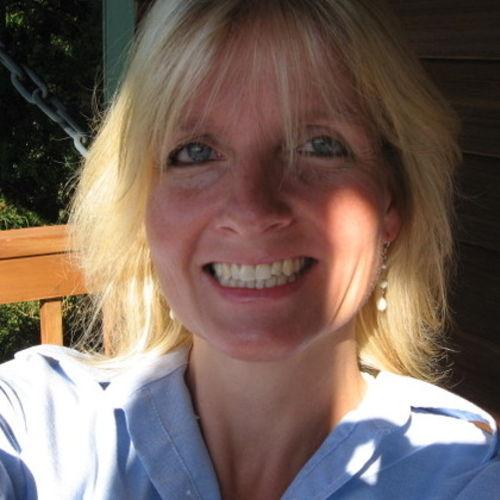 House Sitter Provider Elaine L's Profile Picture