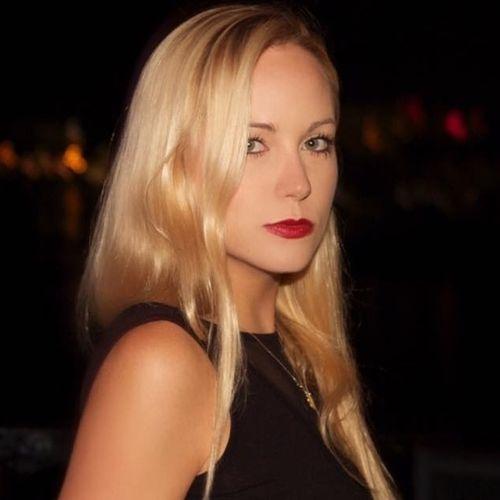 House Sitter Provider Danielle E's Profile Picture