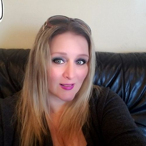 Pet Care Provider Kelly R's Profile Picture