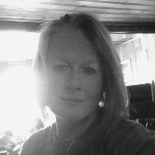 Pet Care Provider Dawn W's Profile Picture
