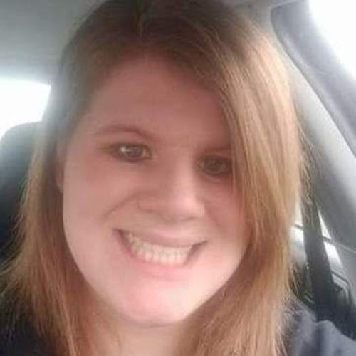 Housekeeper Provider Mikala Zavoras's Profile Picture