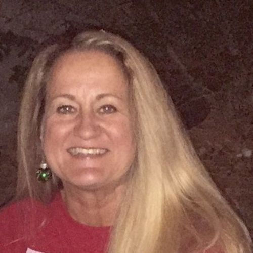 House Sitter Provider Laura Fries's Profile Picture