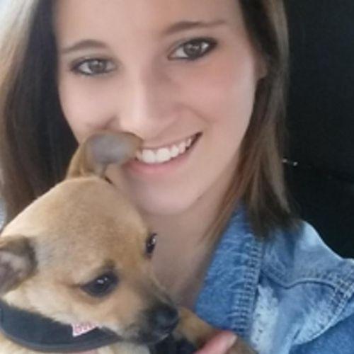 Pet Care Provider Amber M's Profile Picture