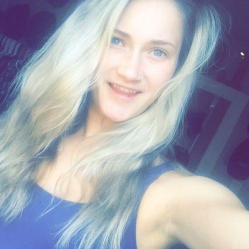 Canadian Nanny Provider Kira Prendergast's Profile Picture