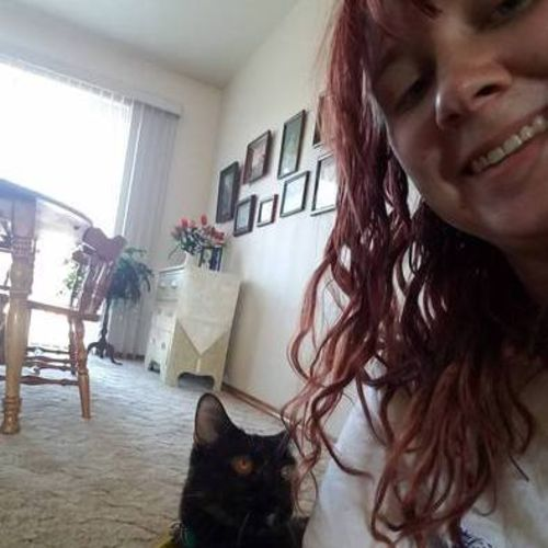 House Sitter Provider Dorothy L's Profile Picture