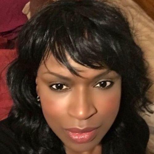 House Sitter Provider Pamela Martinez's Profile Picture