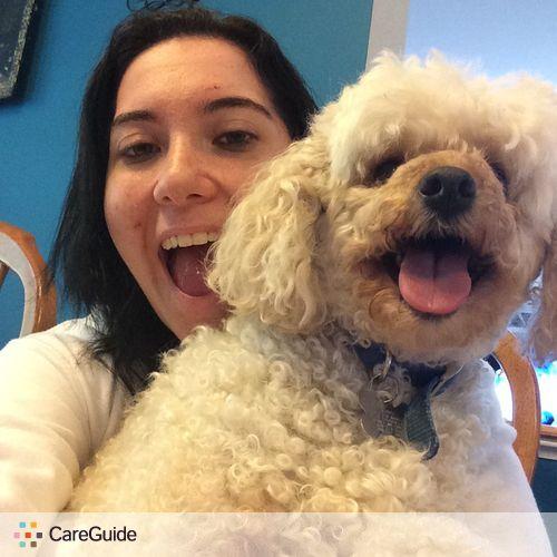 Pet Care Provider Julie Moustafa's Profile Picture