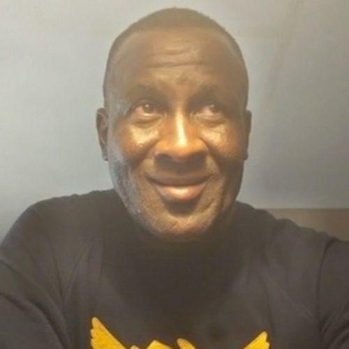 House Sitter Provider Flex Abbott's Profile Picture